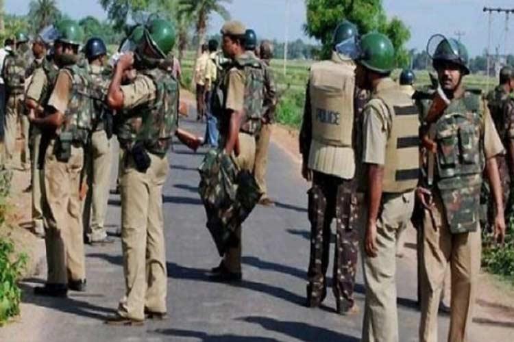 खूंटी में सांसद करिया मुंडा के अपहृत चार अंगरक्षकों को पुलिस ने सुरक्षित छुड़ाया- India TV Hindi