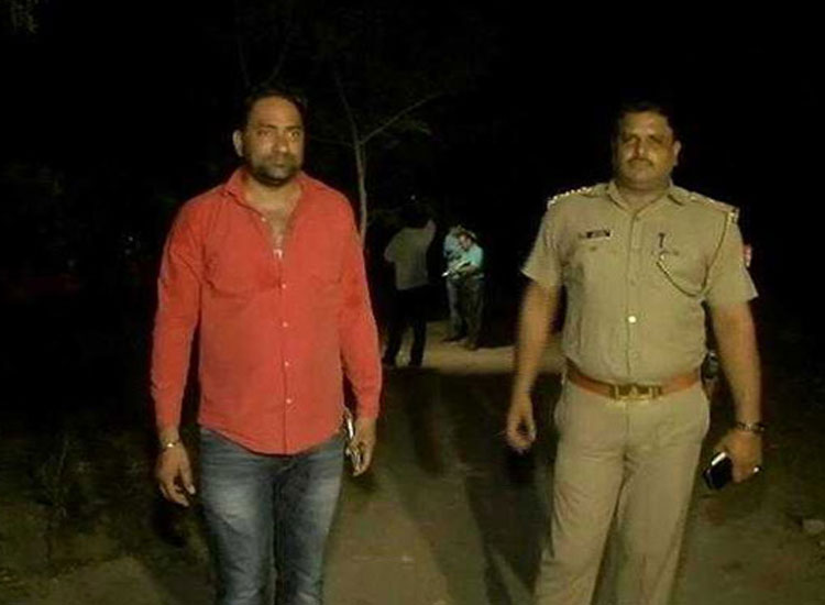 Noida Police nab 3 criminals after high-speed chase and...- India TV Hindi
