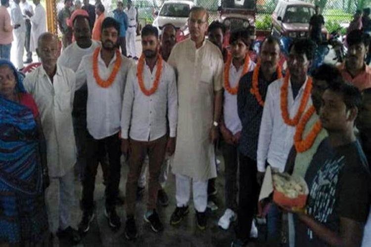 जूलियो रिबेरो, 42 पूर्व नौकरशाहों ने जयंत सिन्हा को मंत्रिमंडल से हटाये जाने की मांग की- India TV Hindi