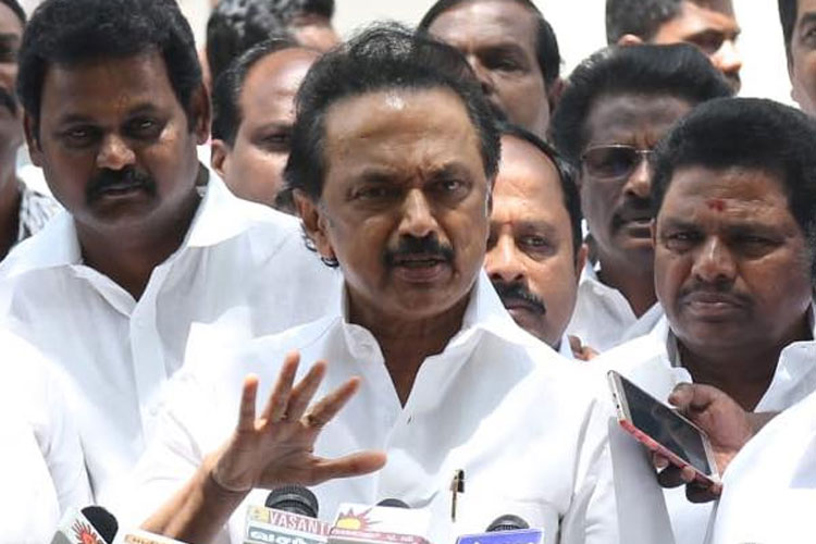 DMK's MK Stalin lashes out at AIADMK over no-confidence motion | Facebook- India TV Hindi