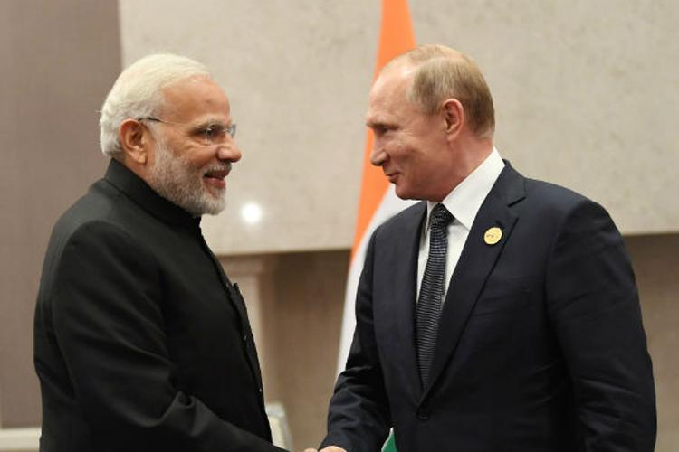 प्रधानमंत्री मोदी ने रूस के राष्ट्रपति पुतिन से की मुलाकात, कई मुद्दों पर हुई बात- India TV Hindi