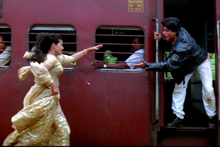 Kajol and Shah Rukh Khan in Dilwale Dulhania Le Jayenge- India TV Hindi