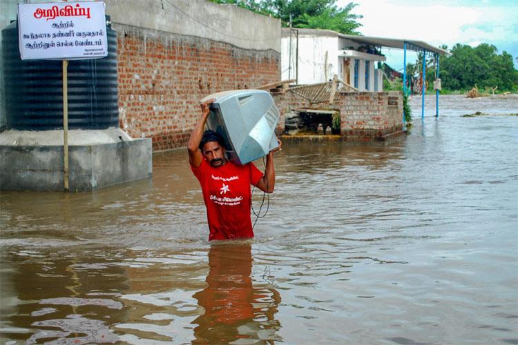 Kerala floods: UAE says no amount of financial aid announced   AP- India TV Hindi