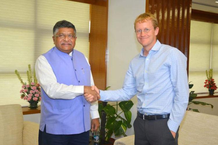 Union IT Minister Ravi Shankar Prasad and WhatsApp CEO...- India TV Hindi
