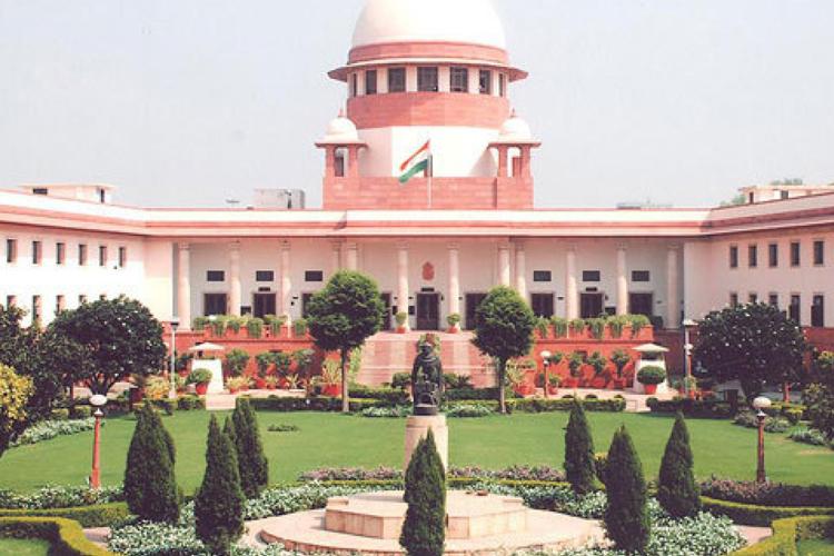अनुच्छेद 35ए मामले में सुप्रीम कोर्ट में आज अहम सुनवाई, जम्मू-कश्मीर सरकार ने की सुनवाई स्थगित करने - India TV Hindi