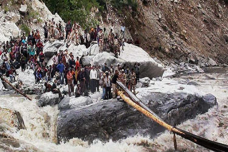 उत्तराखंड में भारी बारिश के आसार, पिछले 48 घंटों में 10 लोगों की मौत- India TV Hindi
