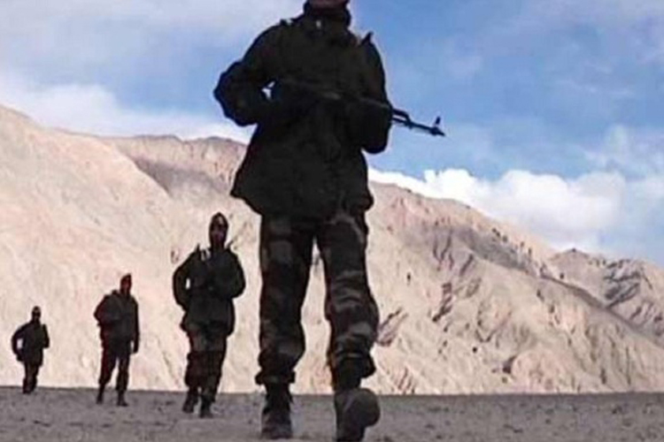 चीनी सैनिकों ने भारतीय सीमा में फिर की घुसपैठ, उत्तराखंड के बाराहोती में घुसे ड्रैगन- India TV Hindi
