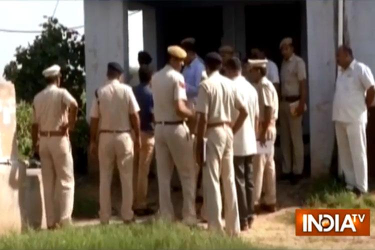 Rewari gang rape: SP Rajesh Duggal transferred, house owner arrested, main accused still on run | PT- India TV Hindi