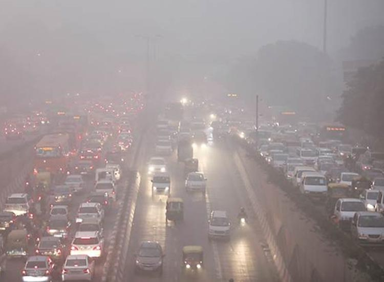 Delhi's pollution woes continue as air quality remains 'poor', authorities warn further deterioratio- India TV Hindi