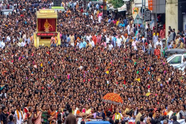 Pattern to protest women entry in Sabarimala is similar to time of the Babri demolition says Left- India TV Hindi