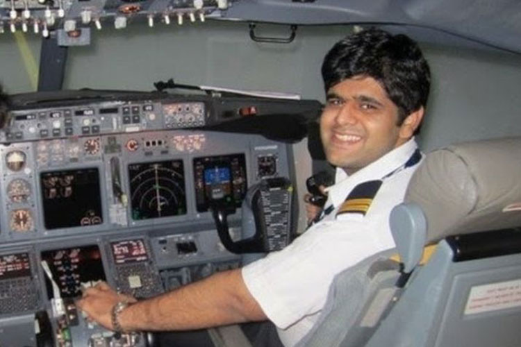 इंडोनेशिया विमान हादसा: भारतीय पायलट के शव की पहचान हुई, सुषमा स्वराज ने ट्वीट कर दी जानकारी- India TV Hindi