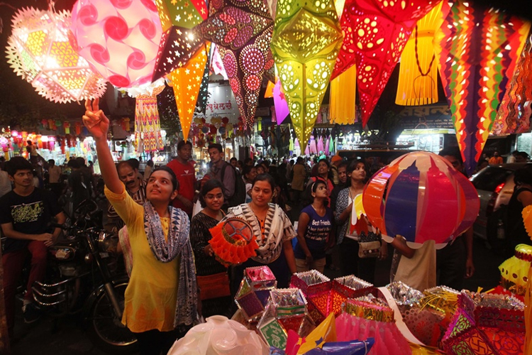 diwali shopping- India TV Hindi