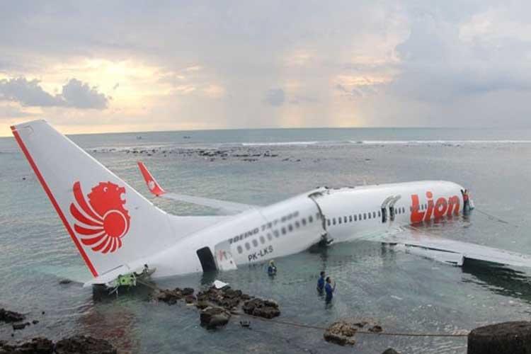 plane crash- India TV Hindi