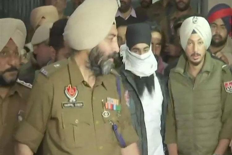 पंजाब पुलिस ने अमृतसर में ग्रेनेड हमला मामले में दूसरी गिरफ्तारी की- India TV Hindi