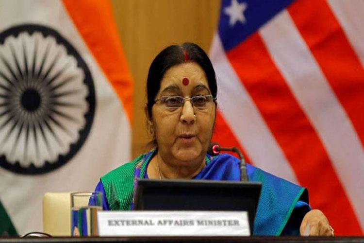 Kartarpur corridor not connected with dialogue with Pakistan says Sushma Swaraj- India TV Hindi