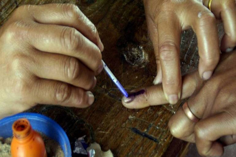 Andhra Pradesh, Odisha, Sikkim, Arunachal Pradesh assembly polls likely to be held in 2019 - India TV Hindi