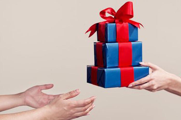 Gifts- India TV Hindi