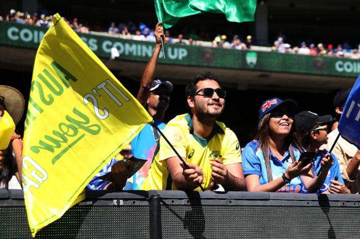 Fans enjoying India vs Australia's match- India TV Hindi