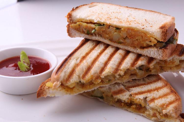 Aloo Sandwich - India TV Hindi