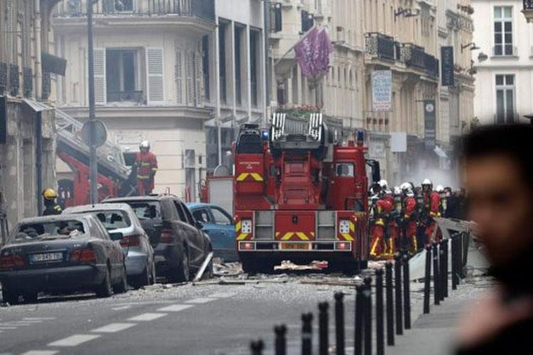 Huge blast at Paris bakery leaves several injured- India TV Hindi