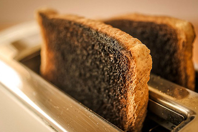 Burn Bread cause of cancer- India TV Hindi