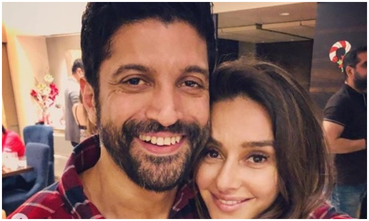 farhan Akhtar and shibani dandekar- India TV Hindi