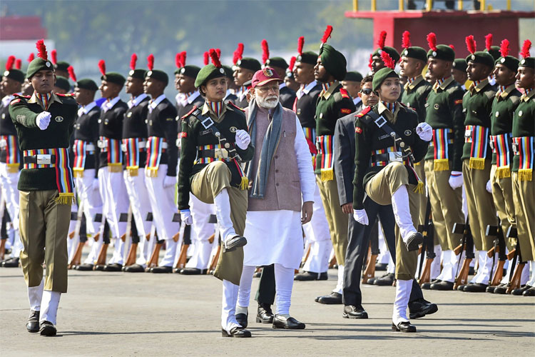Prime Minister Narendra Modi inspects guard of honour at the Prime Minister's NCC Rally in New Delhi- India TV Hindi