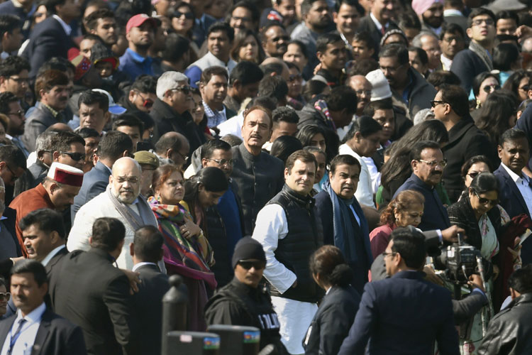Rahul Gandhi gets front row seat at 70th Republic Day- India TV Hindi