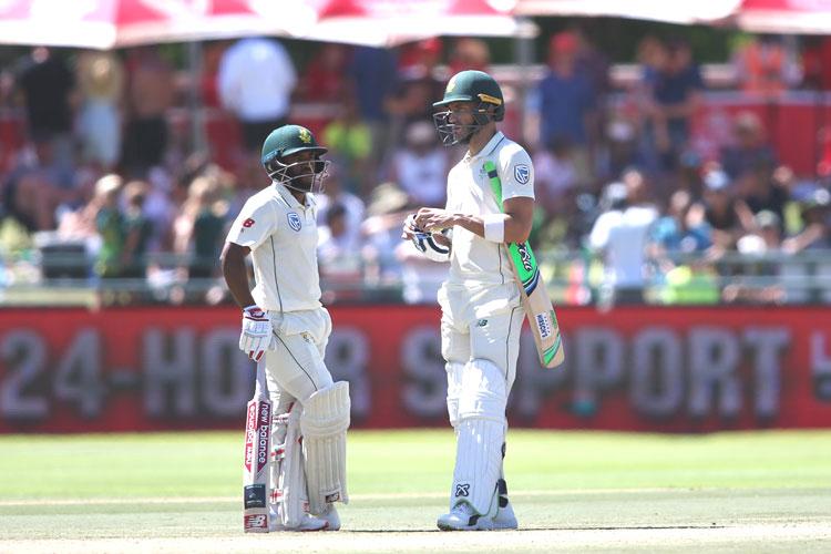 दक्षिण अफ्रीका को लगा बड़ा झटका, आईसीसी ने कप्तान डु प्लेसिस को किया सस्पेंड - India TV Hindi