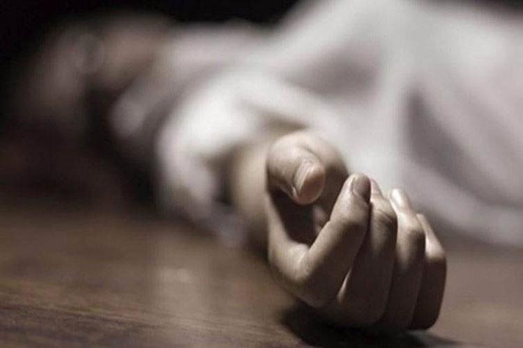 Under financial stress, 5 members of Jamnagar family 'commit suicide'- India TV Hindi