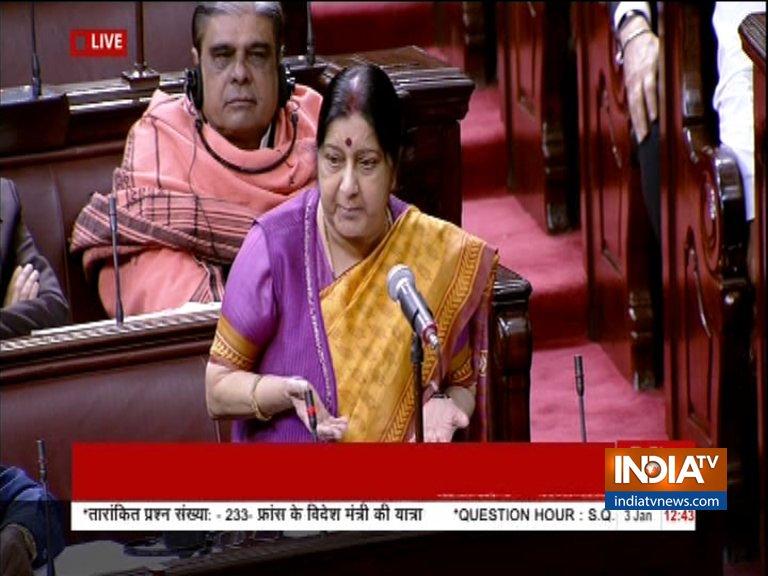 Congress walkout from Rajya Sabha after Sushma Swaraj Statement on Rafale- India TV Hindi