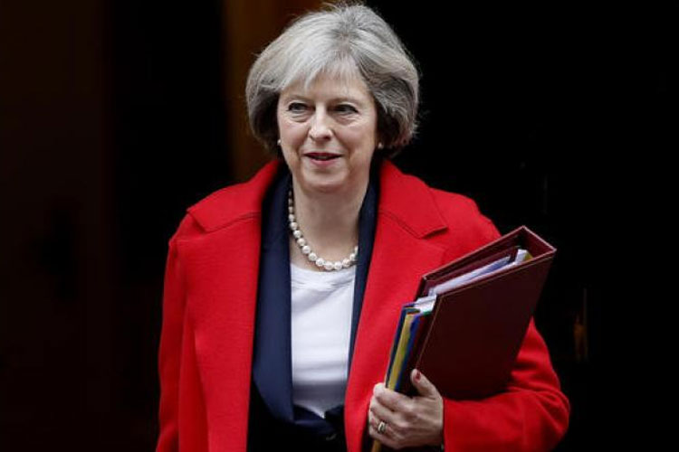 Theresa May survives confidence vote, says MPs must 'work together' to deliver Brexit   AP File- India TV Hindi