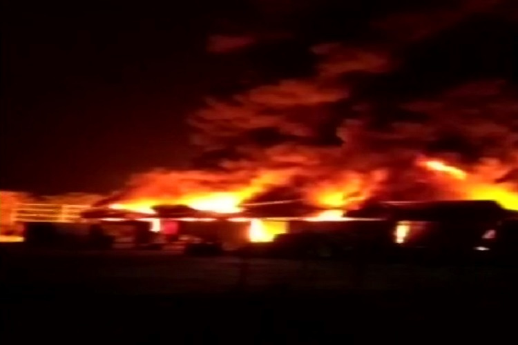 Fire breaks out at a container yard in Uran taluka in...- India TV Hindi