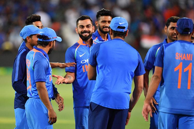 विराट कोहली की सलाह, आईपीएल से खराब तकनीकी आदत नहीं सीखें खिलाड़ी - India TV Hindi