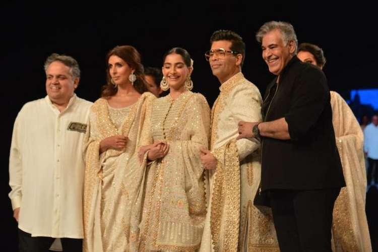 संदिप खोसला और अबू...- India TV Hindi