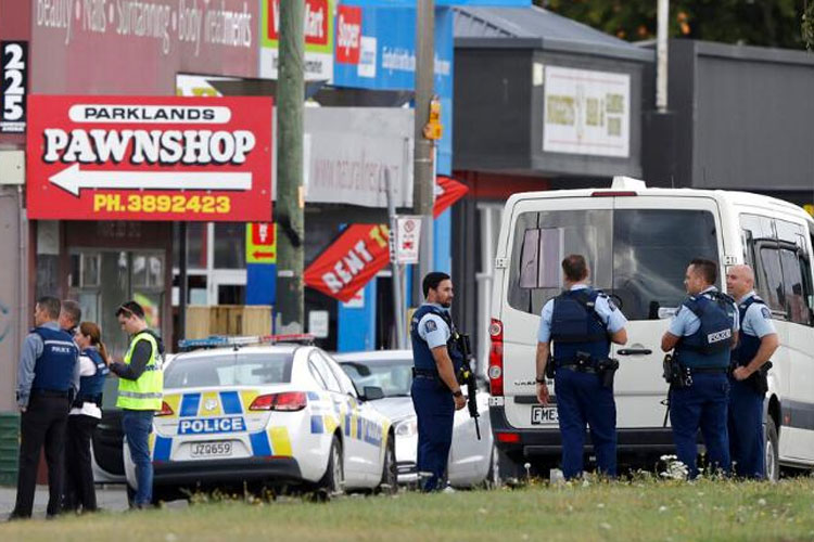 New Zealand bans military-style assault rifles after Christchurch mosque attack | AP- India TV Hindi