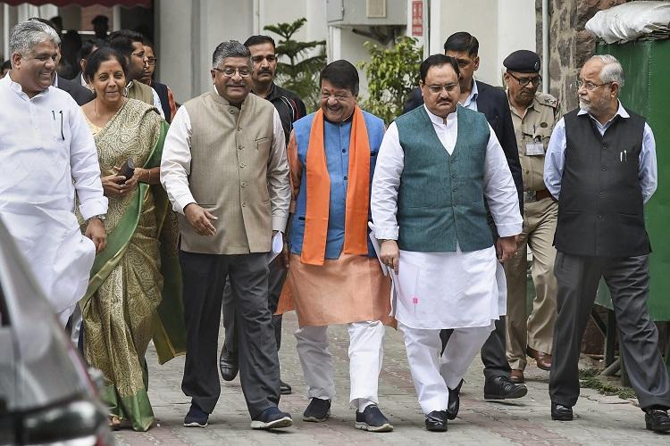 BJP delegation comprising Ravi Shankar Prasad, Nirmala...- India TV Hindi