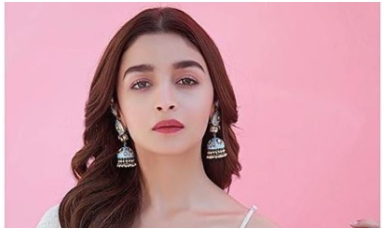 Alia bhatt- India TV Hindi