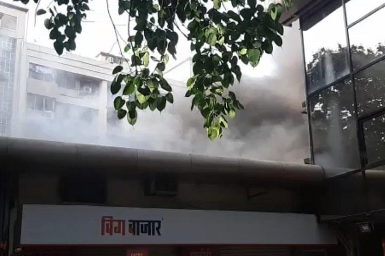 माटुंगा में बिग...- India TV Hindi