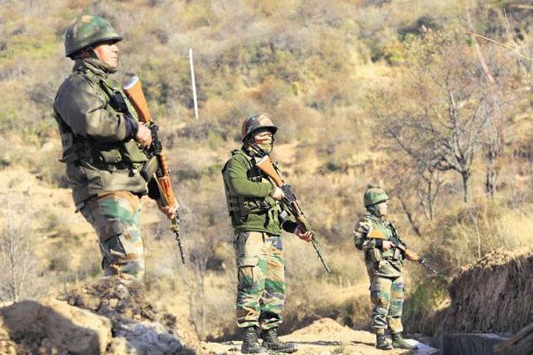 J&K: 10 Pakistani soldiers killed in retaliatory firing- India TV Hindi