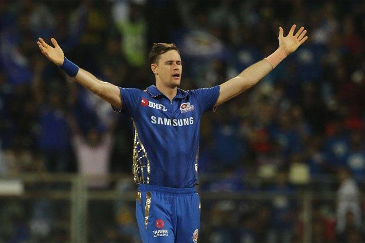 IPL 2019: मुंबई इंडियंस को लगा बड़ा झटका, वापस अपने देश लौटा ये तेज गेंदबाज- India TV Hindi