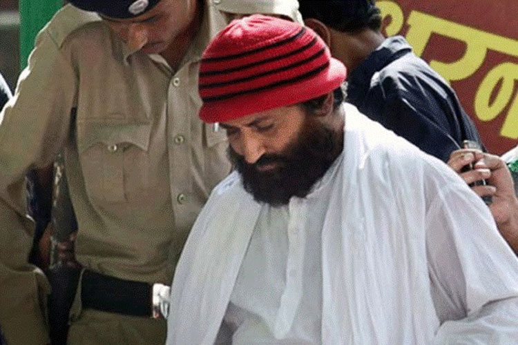 Narayan Sai has been sentenced to life imprisonment  by Surat Sessions Court- India TV Hindi