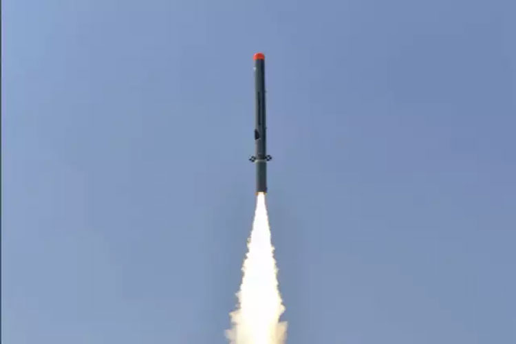 Sub-Sonic cruise missile 'Nirbhay' successfully test fired at coast of Odisha- India TV Hindi