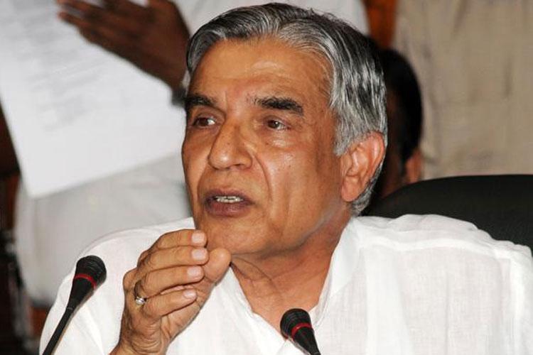 Congress fields former Railway Minister Pawan Bansal from Chandigarh, Preneet Kaur from Patiala   PI- India TV Hindi