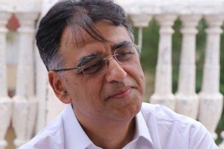 Pakistan's Finance Minister Asad Umar quits ahead of IMF...- India TV Hindi