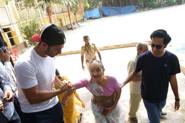 varun dhawan- India TV Hindi