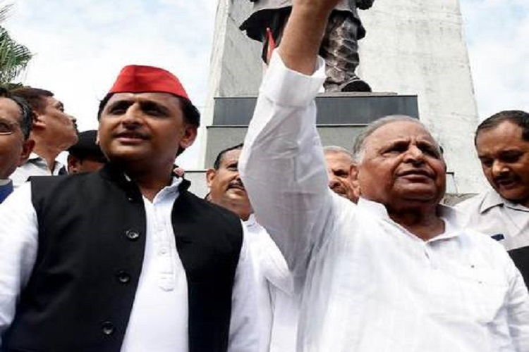 Mulayam Singh Yadav and Akhilesh Yadav- India TV Hindi