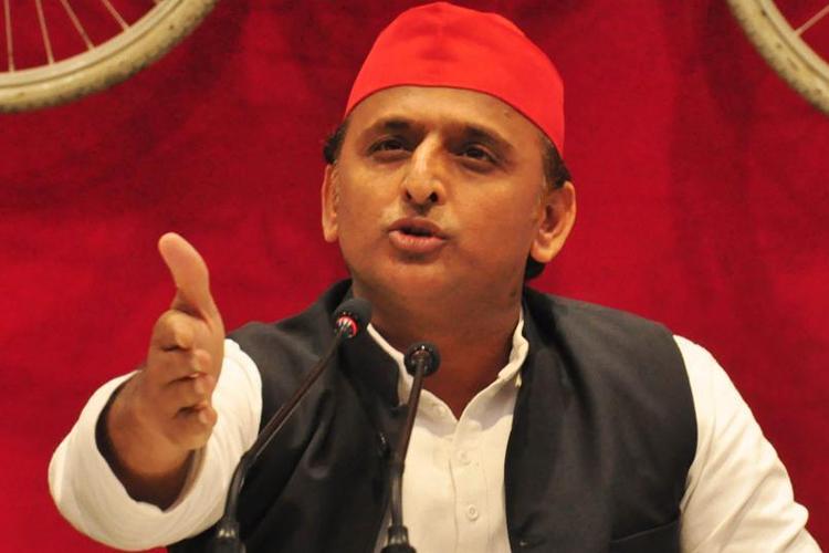 'वोटकटवा' बयान पर यूपी में घमासान, अखिलेश यादव का राहुल-प्रियंका पर पलटवार- India TV Hindi