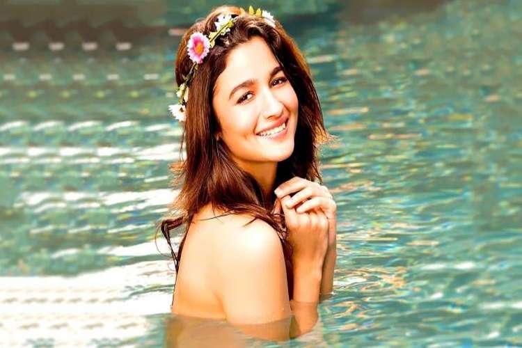 आलिया भट्ट- India TV Hindi