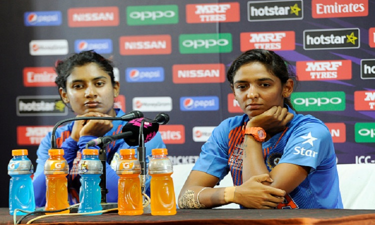 मिताली राज के साथ...- India TV Hindi